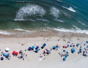 Read more about the article Surf City Tops 2020 Beach Revenue Despite Dip in Badge Sales